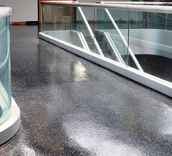 gallery-hermetic-flake-floor-function-centre