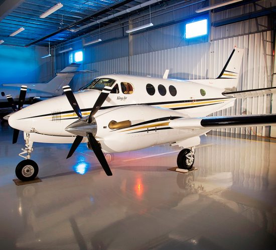 hermetic-aircraft-aeroplane-hanger